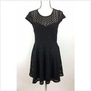 Mimi Chica Dress M Medium Short Sleeve Fit & Flare
